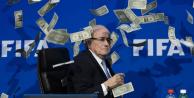 Sepp Blatter'in başkanlığı askıya alındı