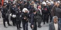 Siirt'te polise saldırı: 7 yaralı!