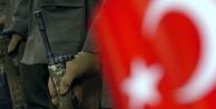 Sınırdaki Mehmetçik'e saldırı!