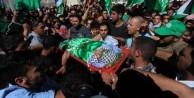 Siyonist teröristlerin katlettiği Filistinli genç toprağa verildi