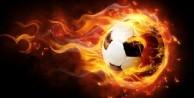 Sneijder ve Van Persie birbirine girdi