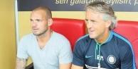 Sneijder'dan Mancini'ye sürpriz telefon!