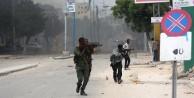 Somali'de otele saldırı: çok sayıda ölü var