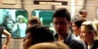 Taksim metrosunda büyük panik!