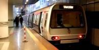 Büyük panik: Metro raydan çıktı!
