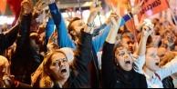 Bombalı saldırıyı böyle protesto ettiler!