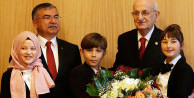 TBMM Başkanı Kahraman koltuğunu çocuklara devretti