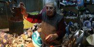 90 yaşında elektrikli ev aleti tamir ediyor