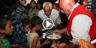 Türk Kızılayı Cerablus halkına sıcak yemek dağıttı