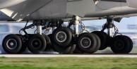 Türk yolcu uçağı Kosova'da pistten çıktı