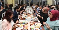 Üniversiteli öğrenciler iftar sofrasında buluştu