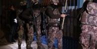 Van'da 10 adrese PKK baskını: Gözaltılar var