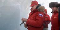 Vlademir Putin'den buzul bölgesine ziyaret