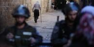 Yahudiler polis korumasında Mescid-i Aksa'ya girdi!