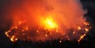 Yılın en büyük yangını! 80 ev kül oldu