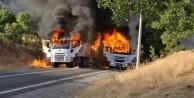 Yol kesen teröristler 3 aracı ateşe verdi!