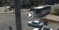 Yolcu otobüsü otomobile çarptı