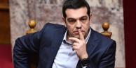 Yunan hükümeti çakıldı!
