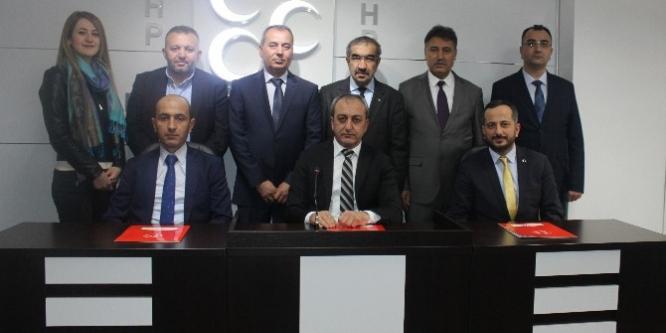 MHP Ankara İl Başkanı Fatih Çetinkaya, Trafik Çalıştayı'nın sonuç bildirgesini açıklandı