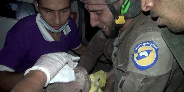 1 aylık 'Hamide' enkazdan sağ çıkarıldı