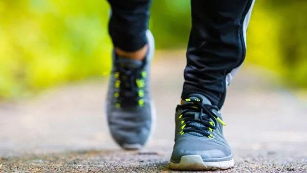 1 saat yürüyüşle kaç kalori yakılır? Her gün 1 saat yürüyüşle 1 ayda kaç kilo verilir?