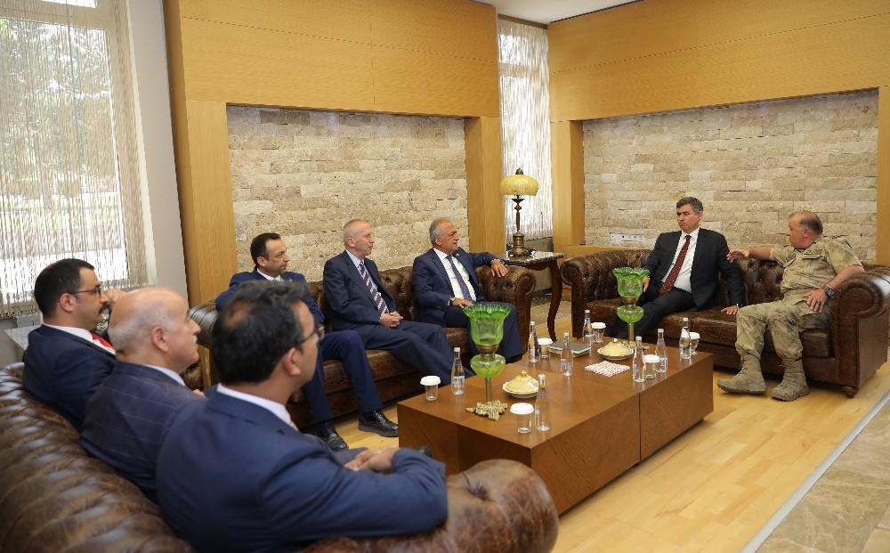 100. Yılında Erzurum Kongresi Paneli, Atatürk Üniversitesi ev sahipliğinde düzenlendi