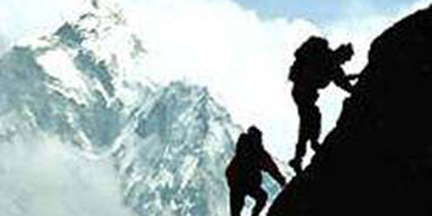 12 Türk dağcı Yunanistan'da kayboldu