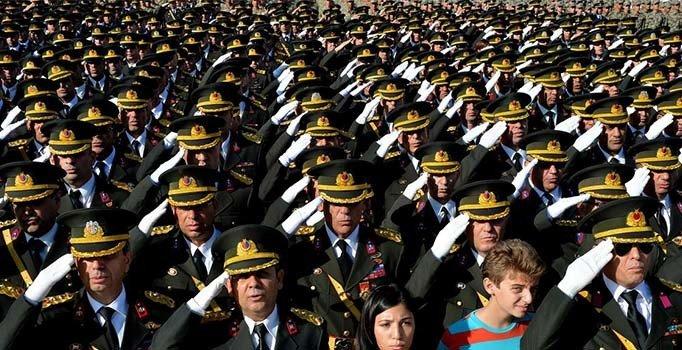127 general ve amiralin görev yeri değişti