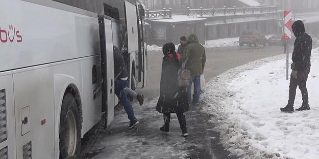 15 santimetrelik kar kalınlığı tatilcilere yetti