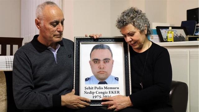 15 Temmuz gecesi şehit olan polisin annesi: İdam olmalarını istiyorum
