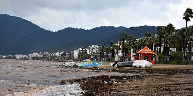 2 günde 220 kilogram! Marmaris'te aşırı yağış hayatı felç etti