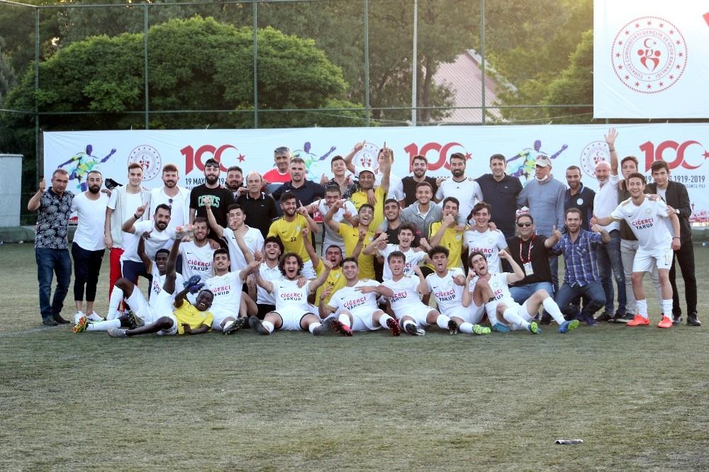 2018-19 sezonu gençler kategorisinde en başarılı kulüpler belirlendi