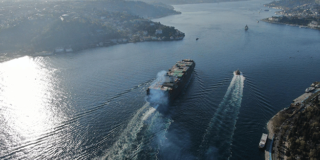 Boğazları kullanan gemi sayısı 80 bini aştı
