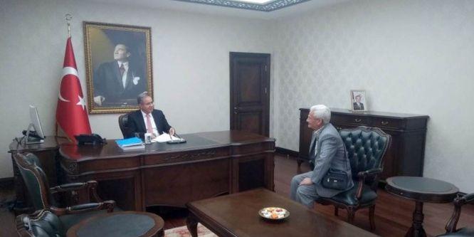 Vali Tapsız, vatandaşla buluşmalarına devam ediyor
