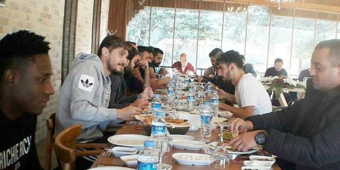 Evkur Yeni Malatyasporlu oyunculara, Beşiktaş maçı öncesi moral kahvaltısı