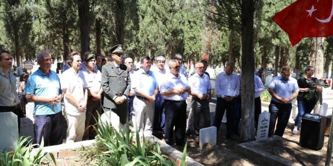 15 Temmuz Etkinlikleri şehit kabirlerinin ziyaret edilmesiyle başladı