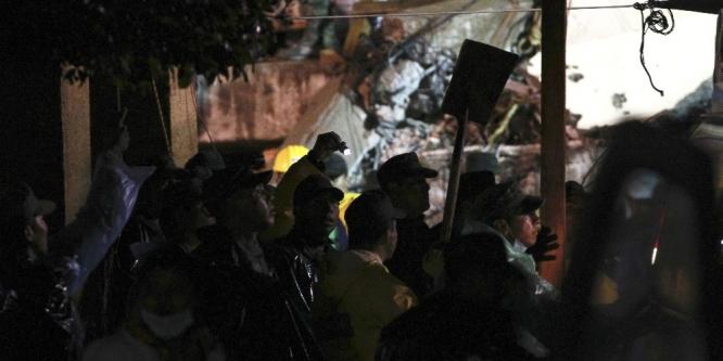 MEKSİKA'DA ÖLÜ SAYISI 237'YE YÜKSELDİ