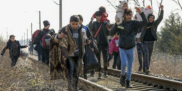 3 günde müthiş rakam: Bakan Soylu Türkiye'den Avrupa'ya geçen göçmen sayısını açıkladı!