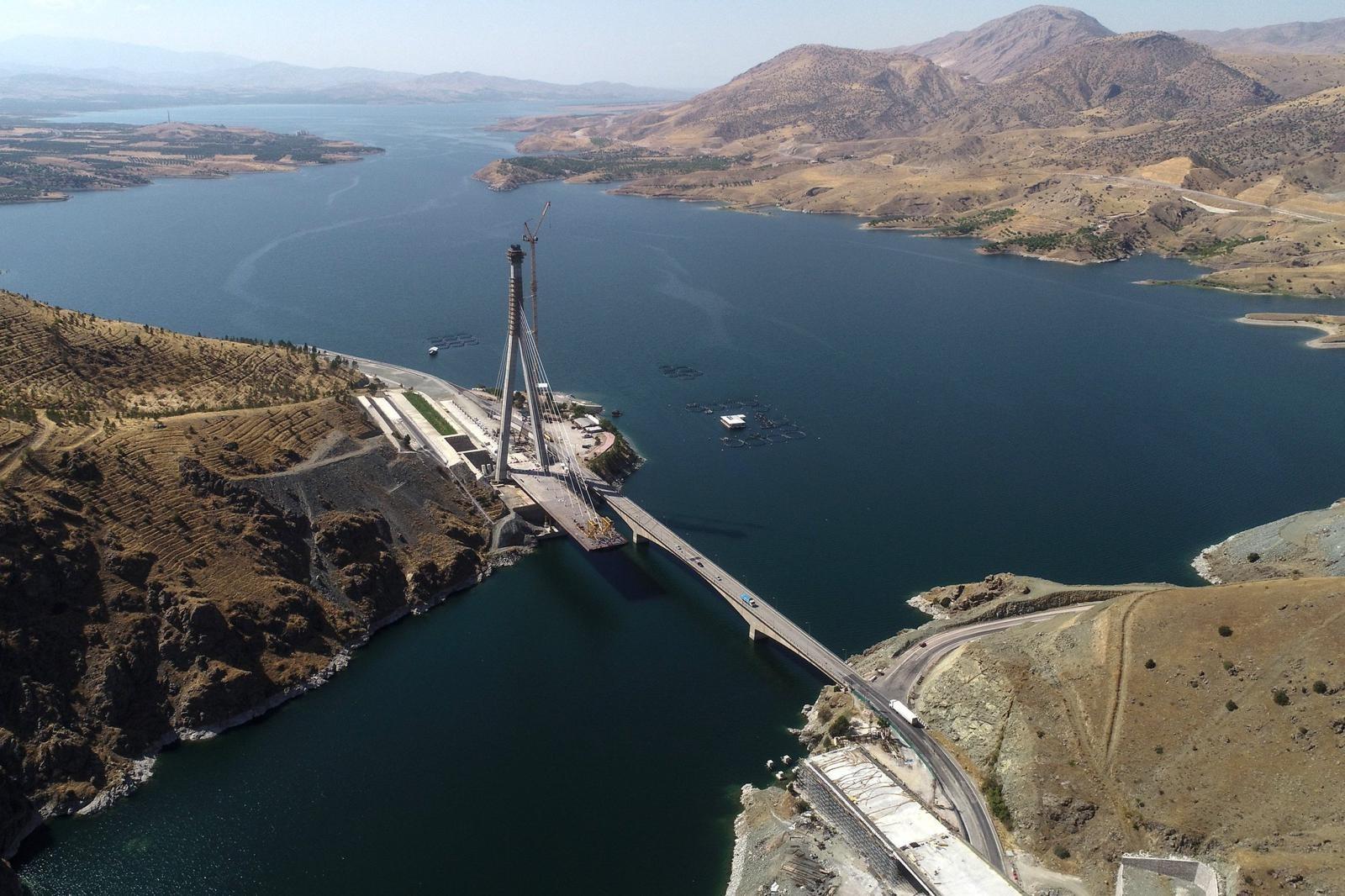 340 Milyon TL'lik köprünün yapımı bitmek üzere