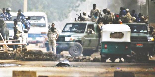 35 ölü, yüzlerce yaralı! Sudan'daki cuntanın akıl hocası firavun