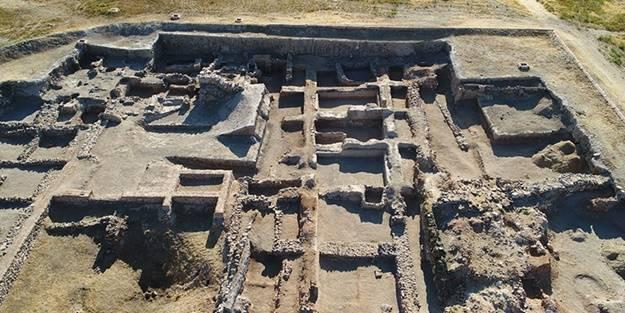 4 bin sene öncesinin ev sahipleri aranıyor