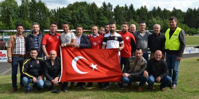 Almanya'da 15 Temmuz anısına futbol turnuvası