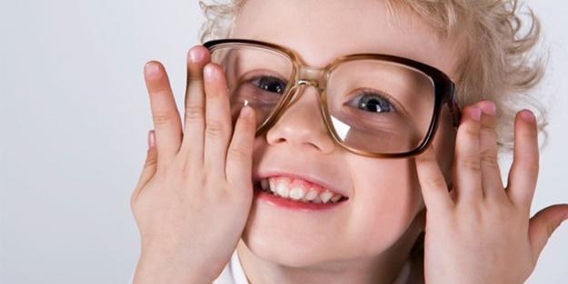 50 Saniyede gözlükten kurtulun