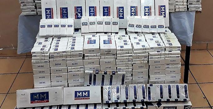 6 bin 40 paket kaçak sigara ele geçirildi