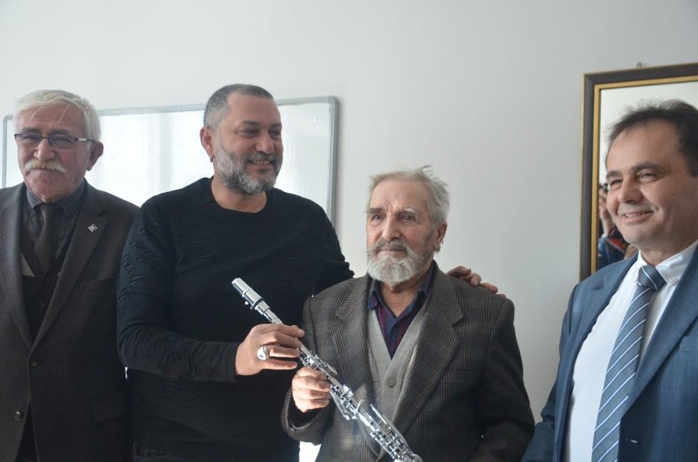 64 yıl sonra klarnetle buluştu