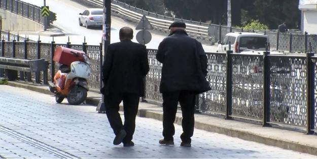 65 yaş ve üstü ne zaman saat kaç arasında sokağa çıkacak?