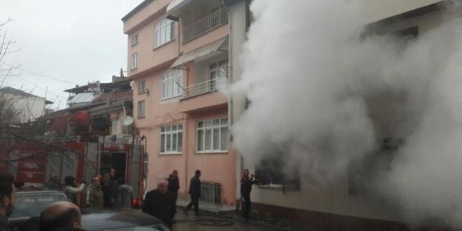 Öğrenci evinde yangın