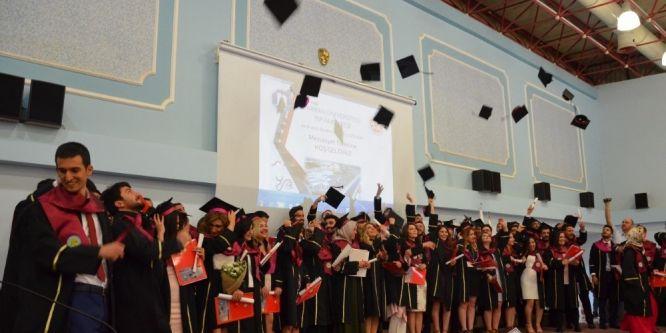 Harran Tıp Fakültesi'nde mezuniyet heyecanı