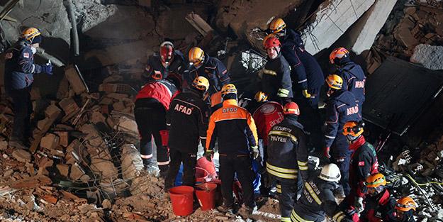6,8'lik depremin vurduğu Elazığ'da bilanço artıyor! Bir cansız bedene daha ulaşıldı