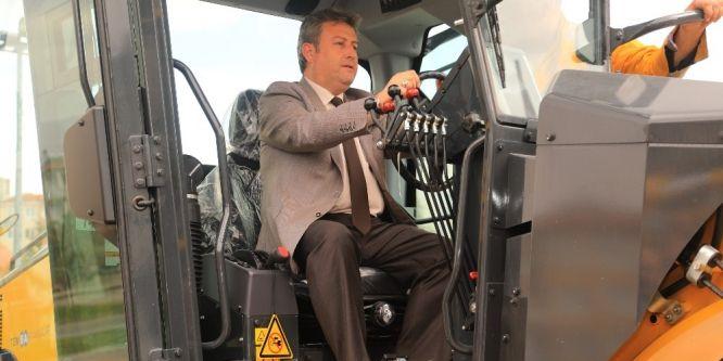 Talas Belediyesi'ne 7 milyonluk iş makinesi